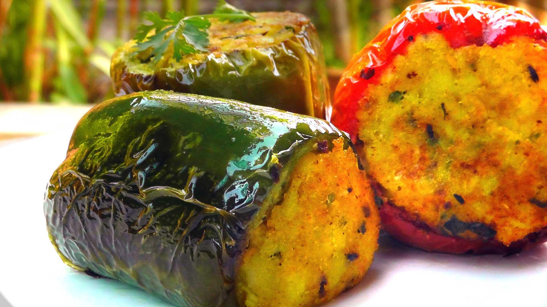 indische gebratene paprika mit kartoffelf llung international vegan. Black Bedroom Furniture Sets. Home Design Ideas