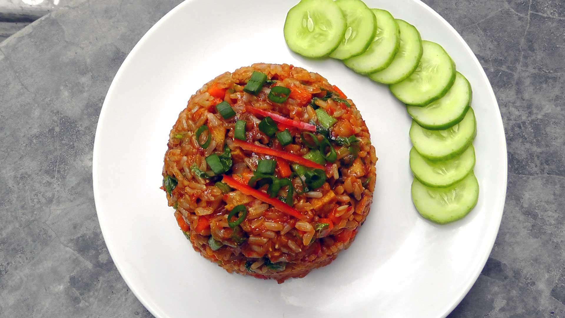vegan-vegetarisches-indonesisches-rezept-nasi-goreng
