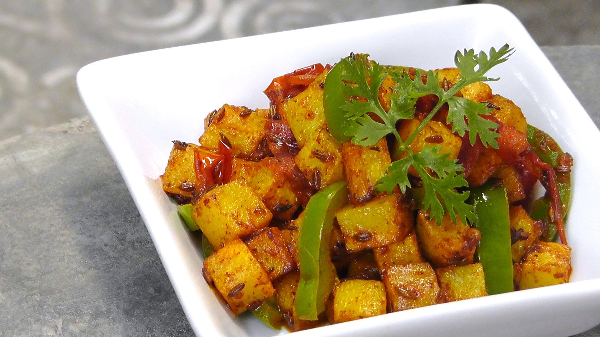 indische bratkartoffeln mit paprika international vegan. Black Bedroom Furniture Sets. Home Design Ideas