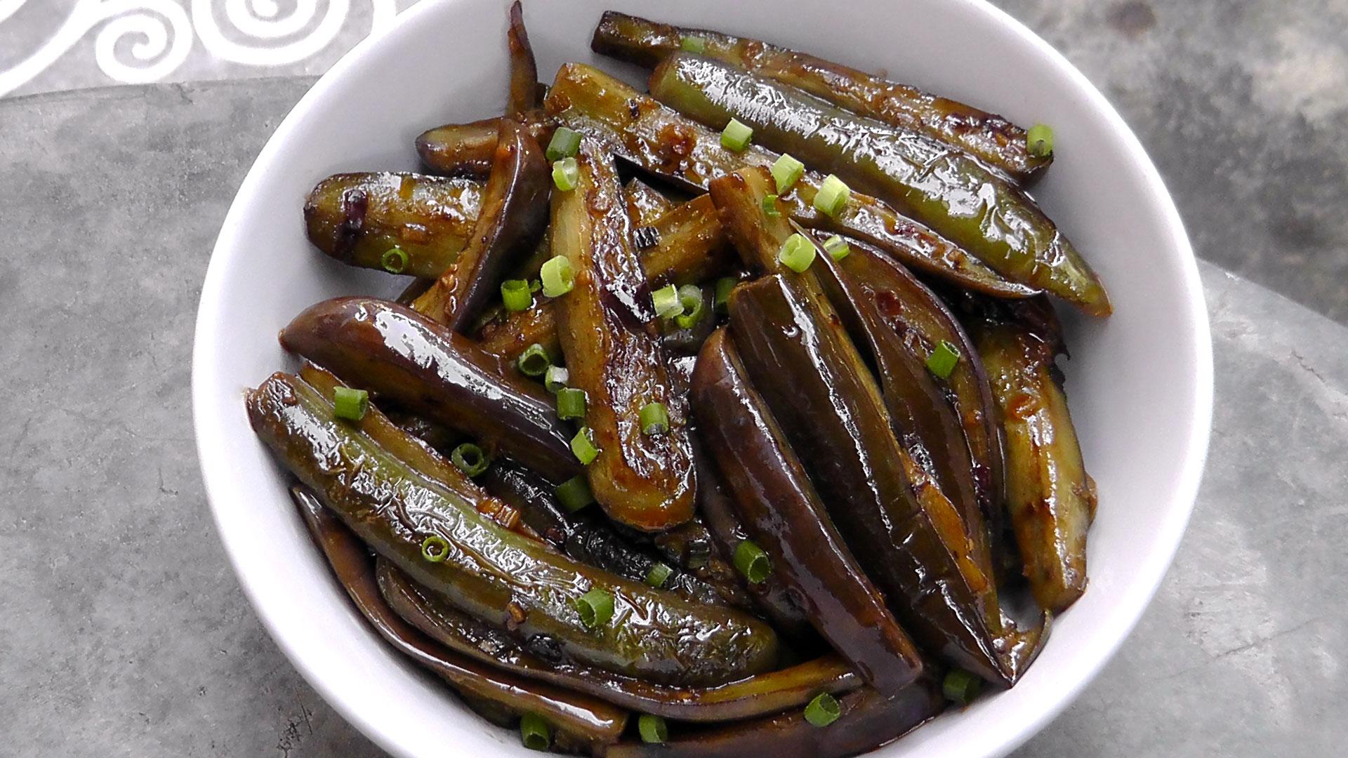 vegan-vegetarisches-chinesisches-rezept-auberginen-knoblauch