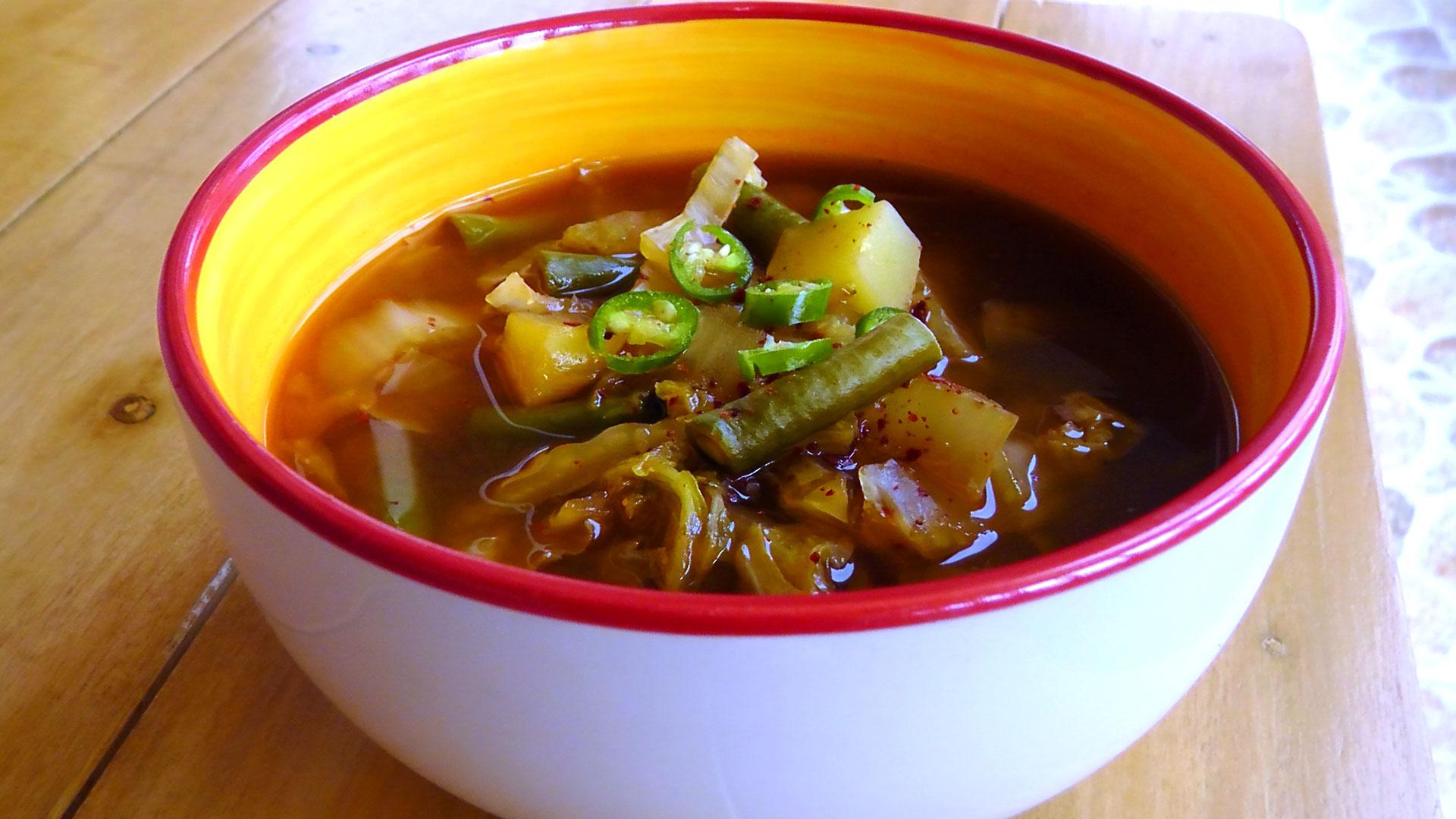 koreanische-suppe-sojabohnenpaste-rezept